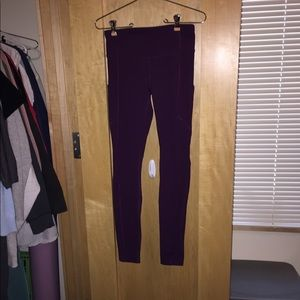 Lululemon Purple leggings with pockets